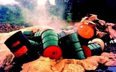 عالم البيئة 5 Toxiclandfill